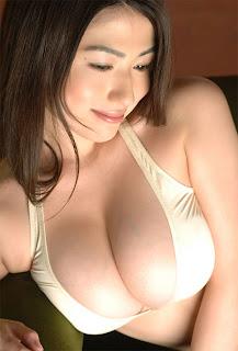 wild wife akemi