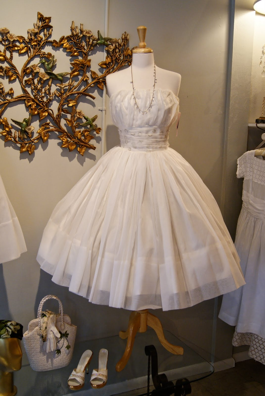 Vintage Wedding Dresses In Paris France Oops I Meant Portland Oregon The Shower Diva S Party Tips Inspiration And Ideas