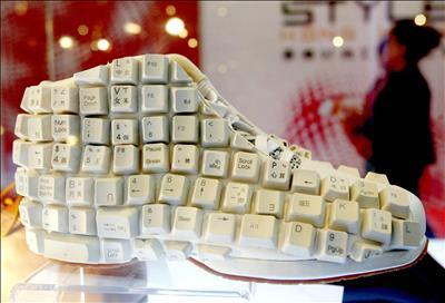 Keyboard Shoes Spicytec