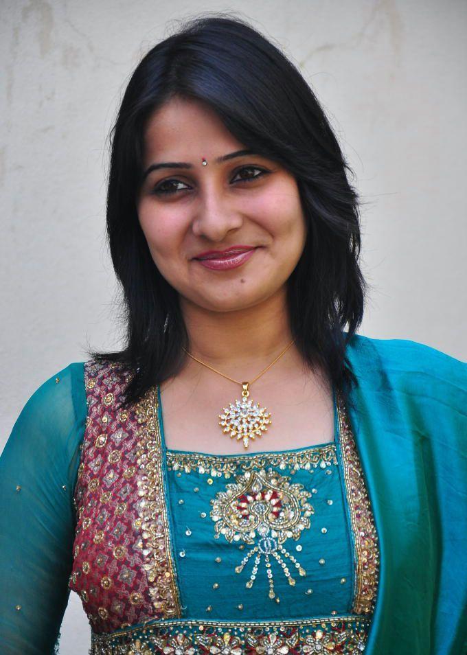 Actress Photo Biography: Tamil Serial Actress Photos