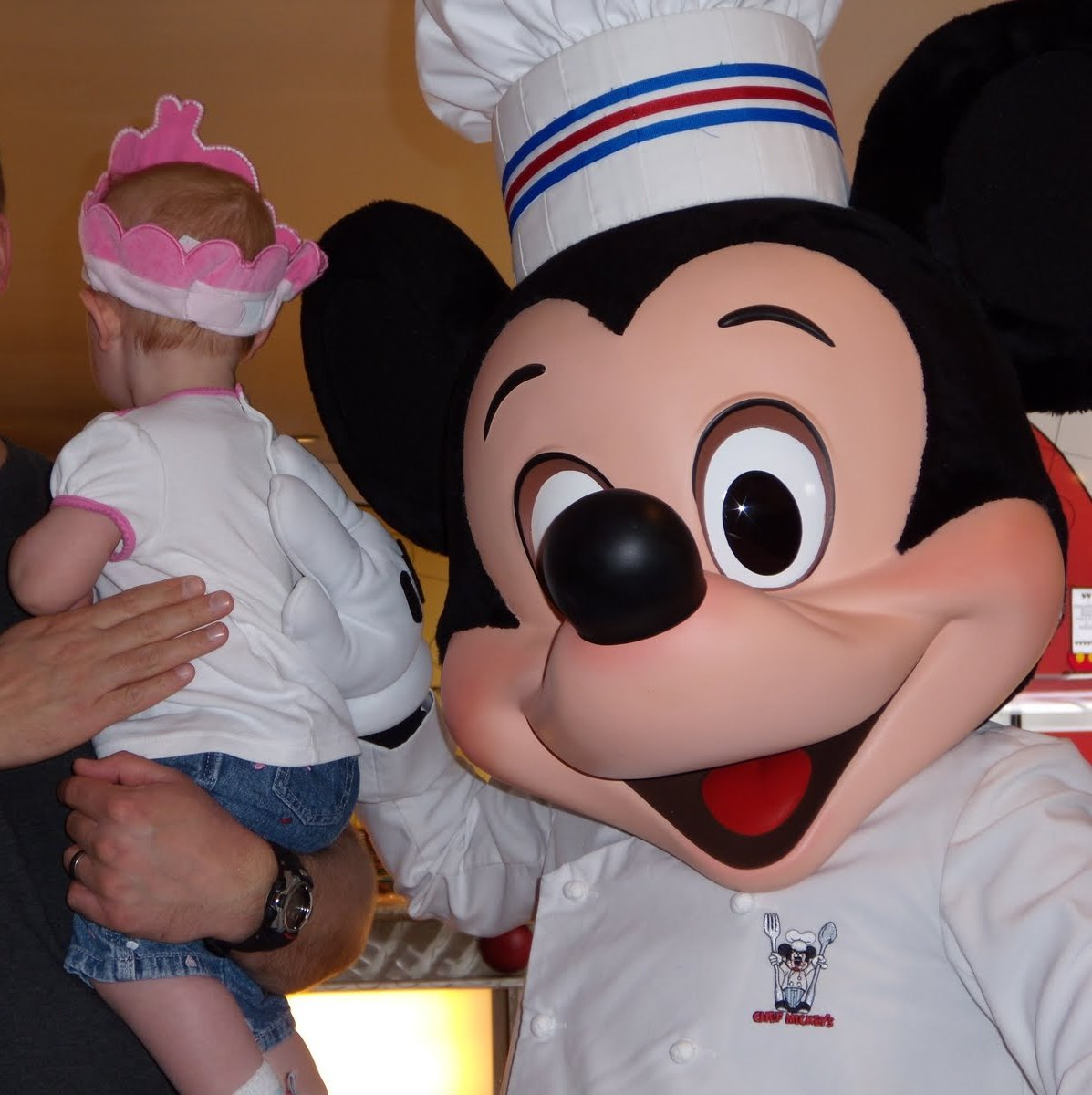 Growing Up Disney: Buffet Review--Chef Mickey's
