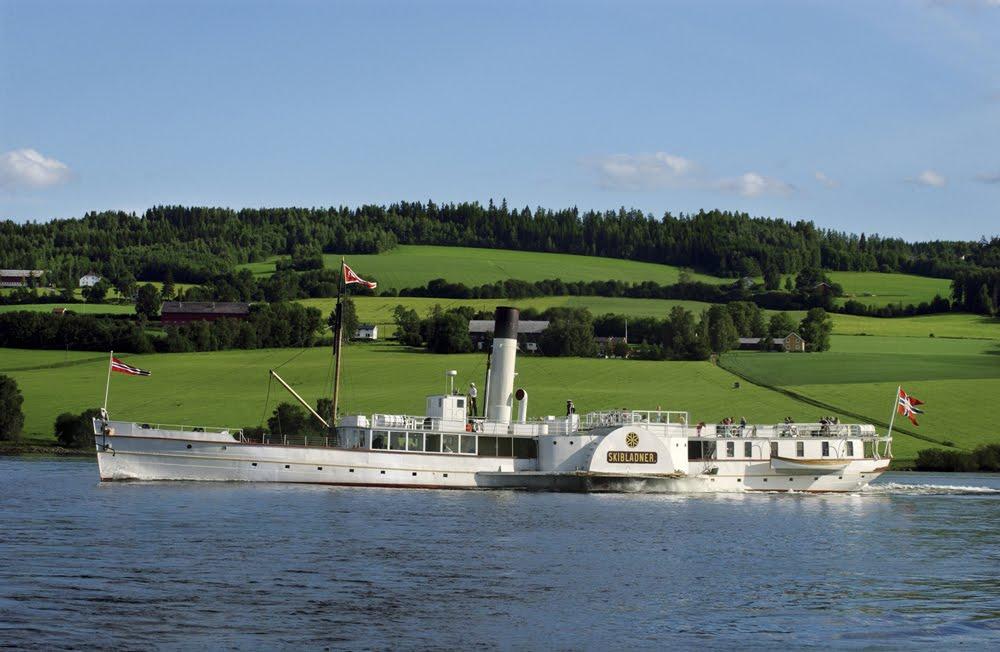 Ma tres du vent mdv le plus vieux bateau roues - Bateau sur roues ...