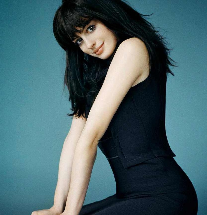 "Anne Hathaway Comedy: Celebrity SPICE: Anne Hathaway : New Role In ""Glee"""