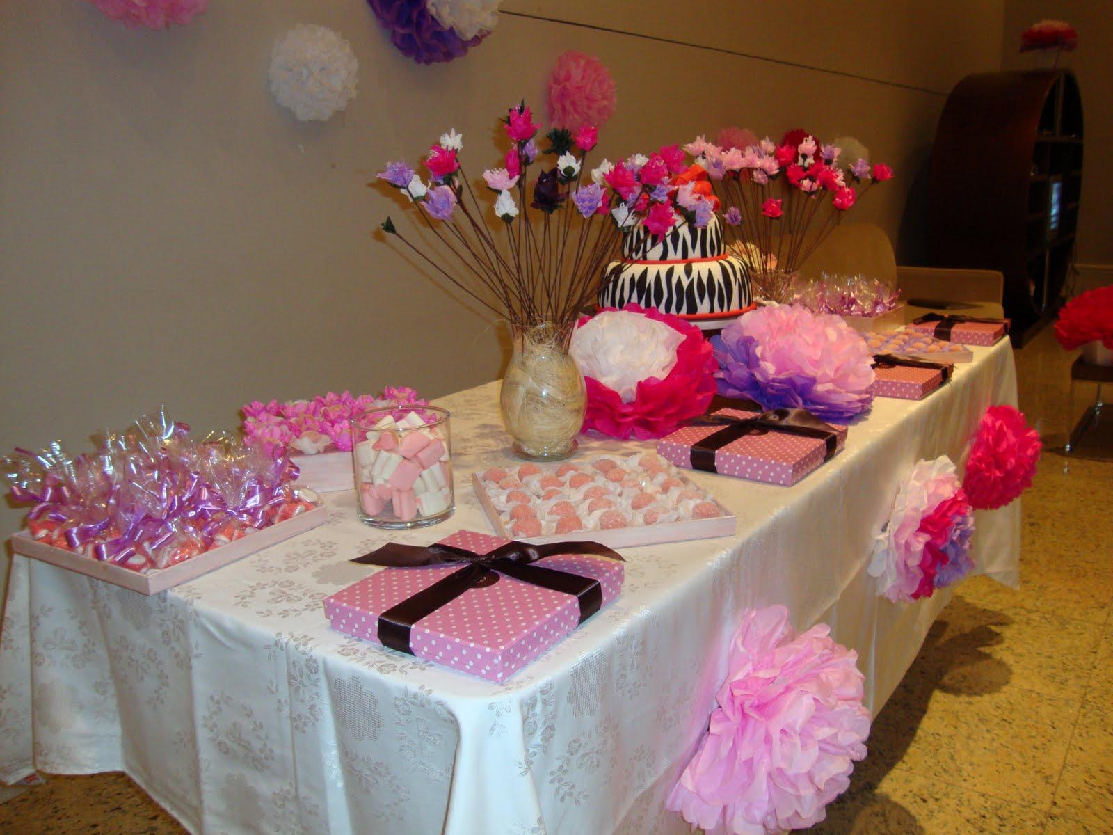 Flores De Aniversario: Giverny Eventos: Festa De Aniversário Com Flores De Papel