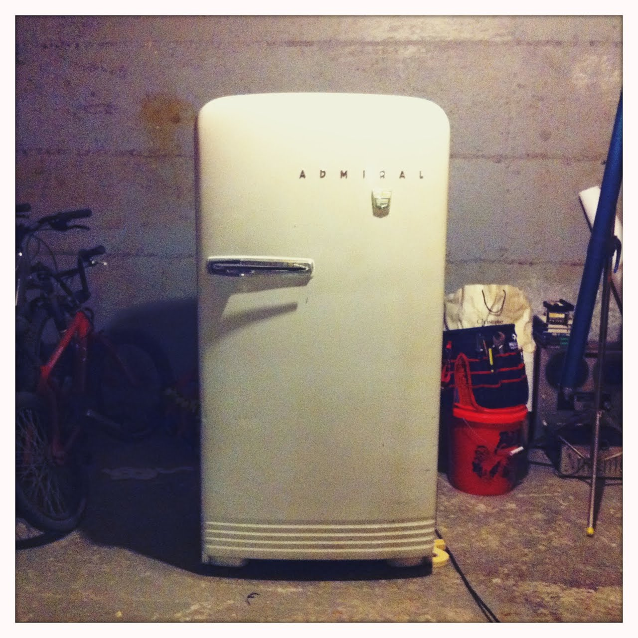 Vintage Fridge: A PLACE CALLED ASPEN: Vintage Refrigerator Revival