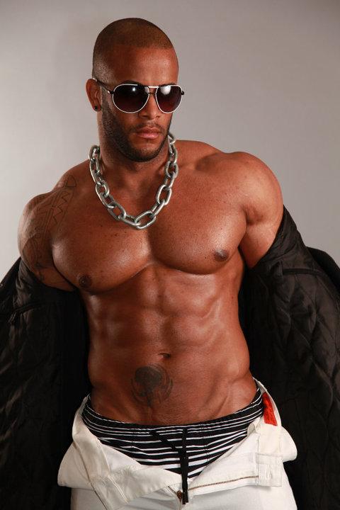 Hot black muscle men