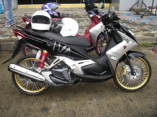 Cars And Bikes: Yamaha Nouvo 135CC Elegance Extreme Modifies