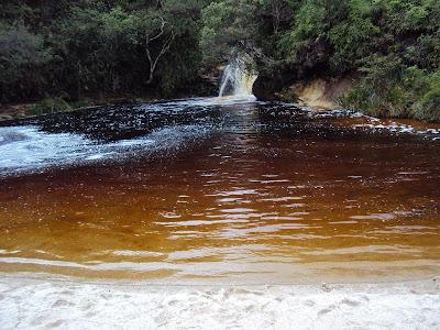minas gerais mg ibitipoca cachoeiras  viajando sem frescura turismo  parque lago dos espelhos
