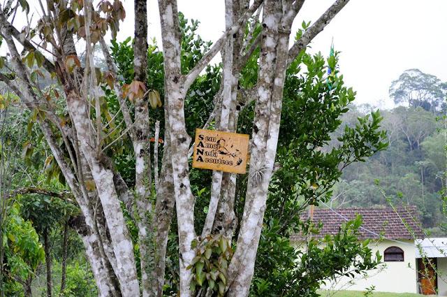 viajando sem frescura rio de janeiro rj sana macae região serrana cachoeiras camping placa