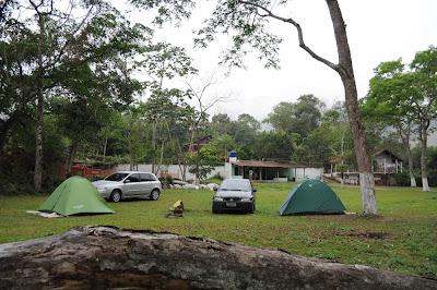 viajando sem frescura rio de janeiro rj sana macae região serrana cachoeiras camping da praca