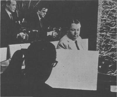 Raúl   Garello, a  la derecha, cuando integraba la orquesta de Anibal Troilo.