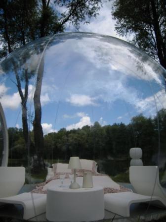 vaneli cosm tiques maison dormir sous une bulle. Black Bedroom Furniture Sets. Home Design Ideas