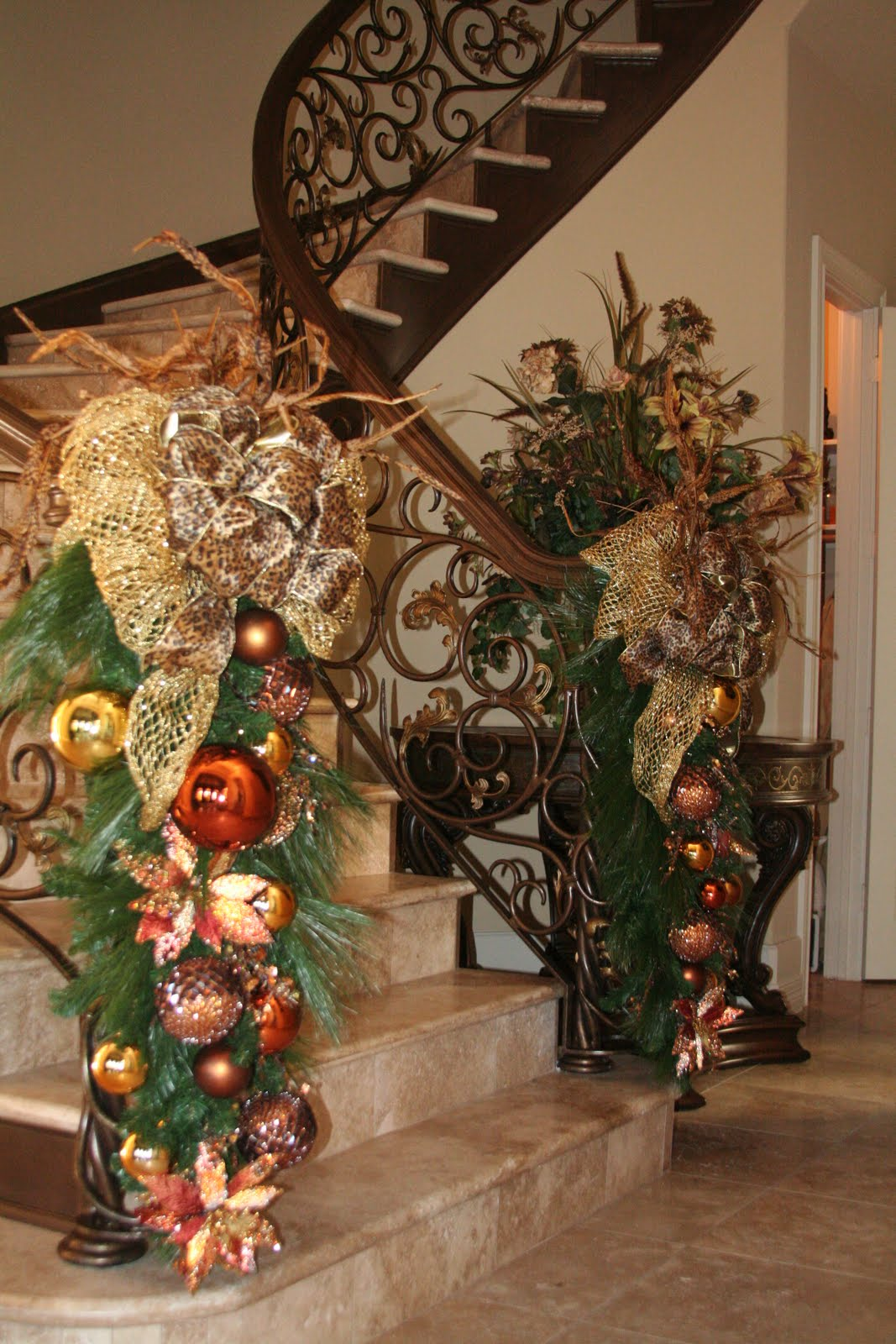 Christmas Staircase Decor on Pinterest
