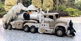 tf3 megatron truck toy - Este será Megatron en Transformers 3!