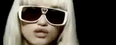 2f220bc3775de Gwen Stefani rocks the Bindi Sunglasses