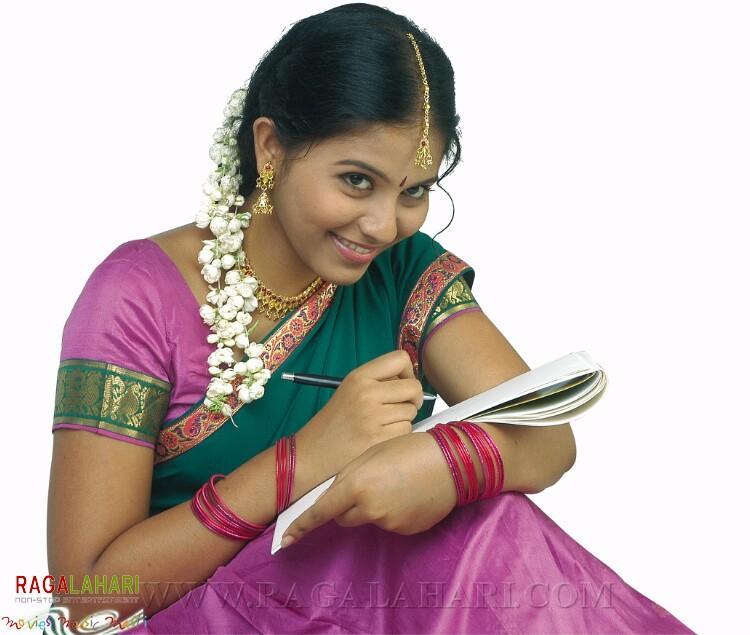 SHOPPING MALL Actress Anjali Profile