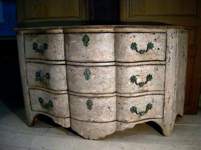 commode gustavienne ancienne. Black Bedroom Furniture Sets. Home Design Ideas