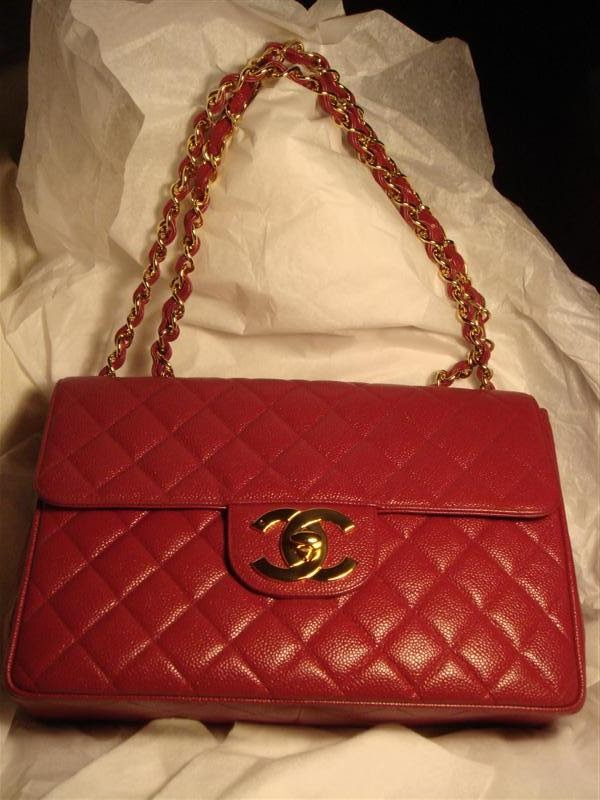 334d16324eb0 Never one to miss an opportunity i managed to find a Chanel Classic Mini  Flap Bag in Red for £40! yes that's right just £40! the lady i bought it  off had ...