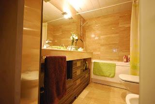 Baños de interiorismo: Baño con mármol natural