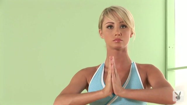 Sara jean underwood yoga videos