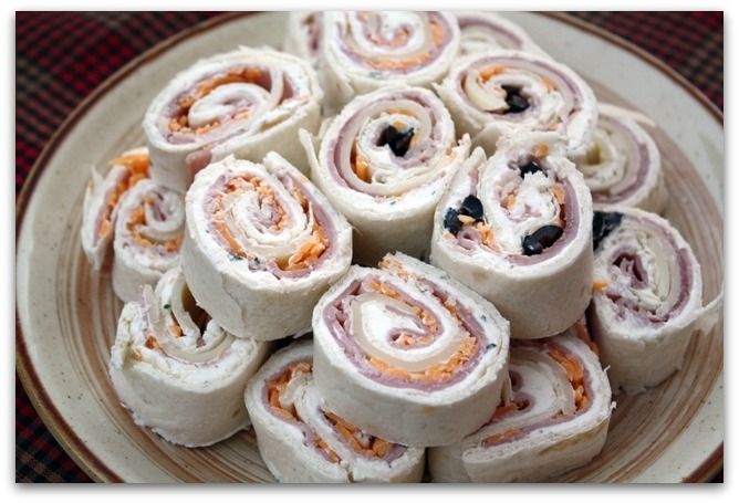 ... my Texas Kitchen: Tortilla Ham & Cheese Pinwheels {Potluck Sunday