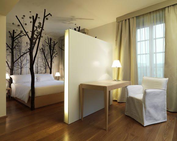 captive creativity dream house spare bedroom. Black Bedroom Furniture Sets. Home Design Ideas