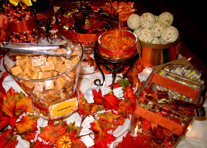 Fall Wedding Candy Buffet Ideas: Leafy Tree Tops: Fall / Autumn Themed Candy Buffet