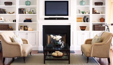 desire to decorate stylish shelves in familyroom rh desiretodecorate com