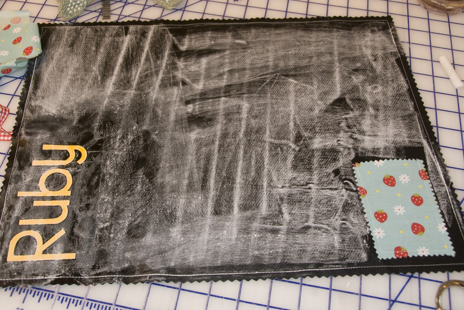 Chalkboard Placemat Diy Tutorial The Polkadot Chair