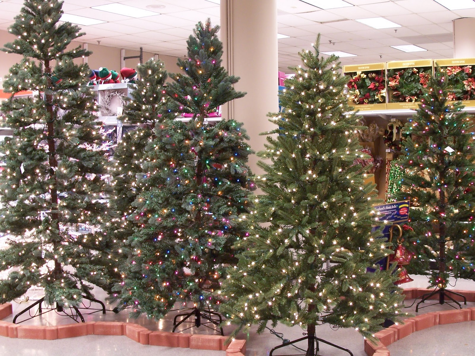 Garden Ridge Christmas Tree
