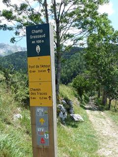 ヴェルコール地方自然公園内の道しるべ