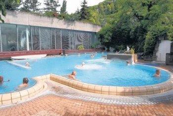 Bagni Termali Svizzera : Le migliori terme e destinazioni termali d europa