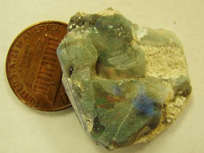 Giant Opal Deposit Discovery Along Highway: Cedar Rim Opal