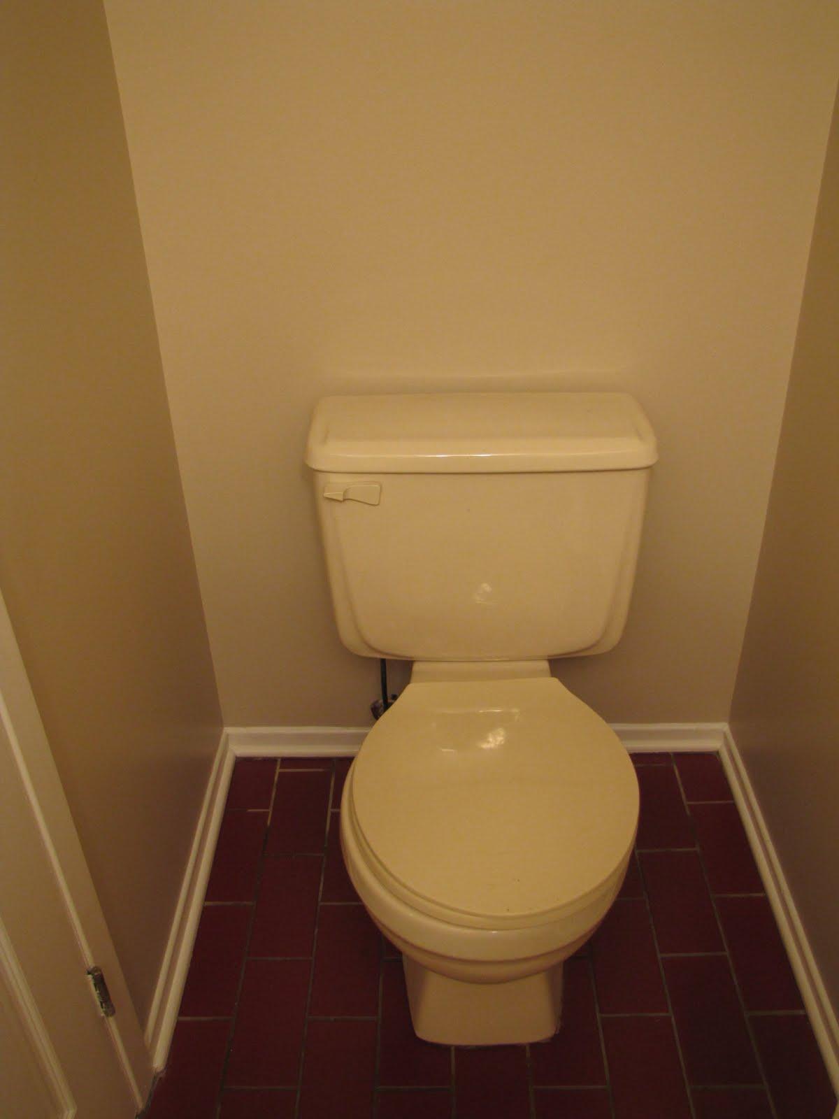 mashababko: Wallpaper Around Toilet