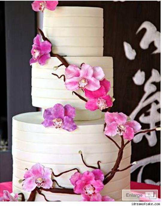 Wedding Cakes With Sakura Flower