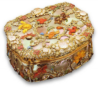 Beautiful Antique snuff boxes