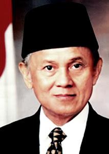 presiden habibie Fakta tentang keistimewaan Indonesia di mata internasional
