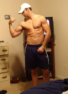 Muscle Jocks: College Hunk
