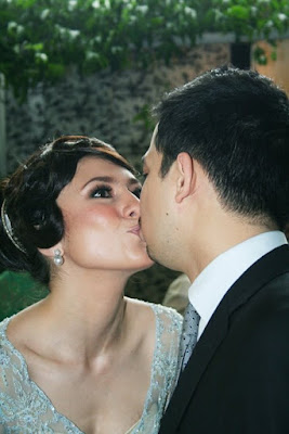 Wulan Guritno - Kiss her fiance