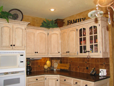 My Kitchen Cabinets And What S Behind Door 1 The Magic Brush Inc