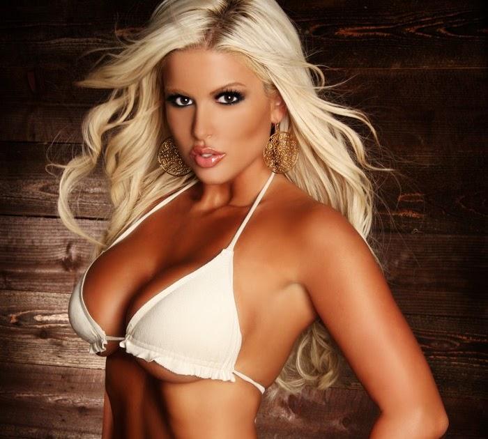 Best Of Model Mayhem: Brooke Banx