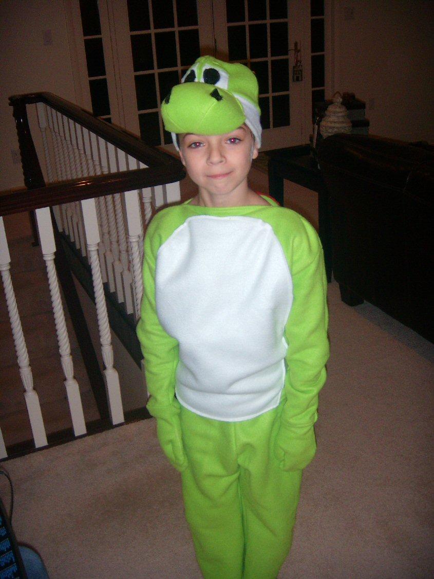 Yoshi Halloween Costume Diy.Pixeltrashamania Yoshi Halloween Costume