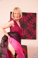 Hot Grannys: Sexy Uk mature babe Hazel May-pics