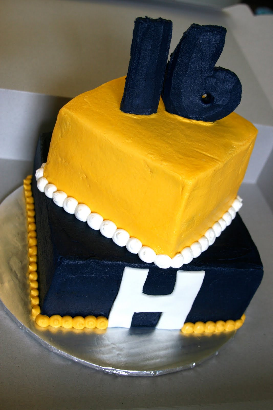 The Cake Box Girls Ga Tech Fan Cake