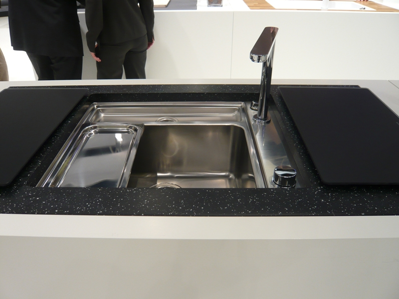Ceramic Kitchen Sink With Drainboard