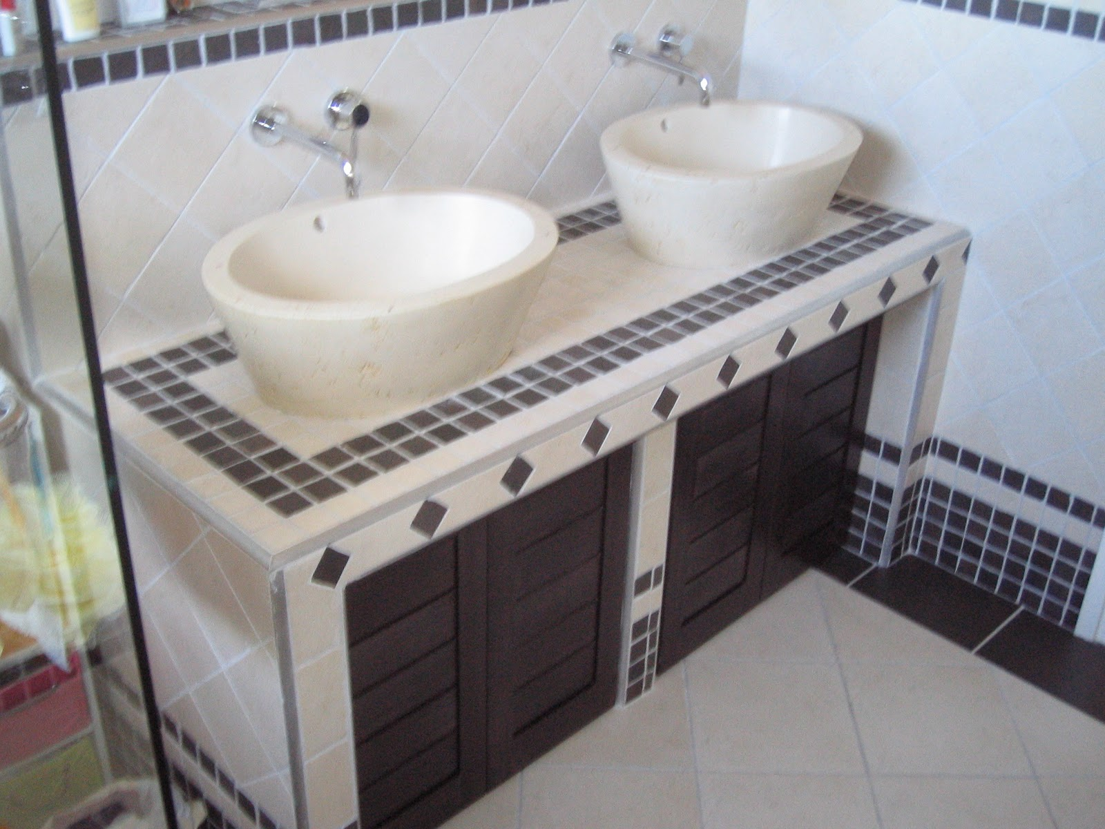 profil contre profil agencements interieurs. Black Bedroom Furniture Sets. Home Design Ideas