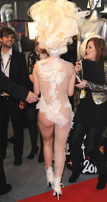 Lady Gaga aux Brit Awards 2010 (photos)