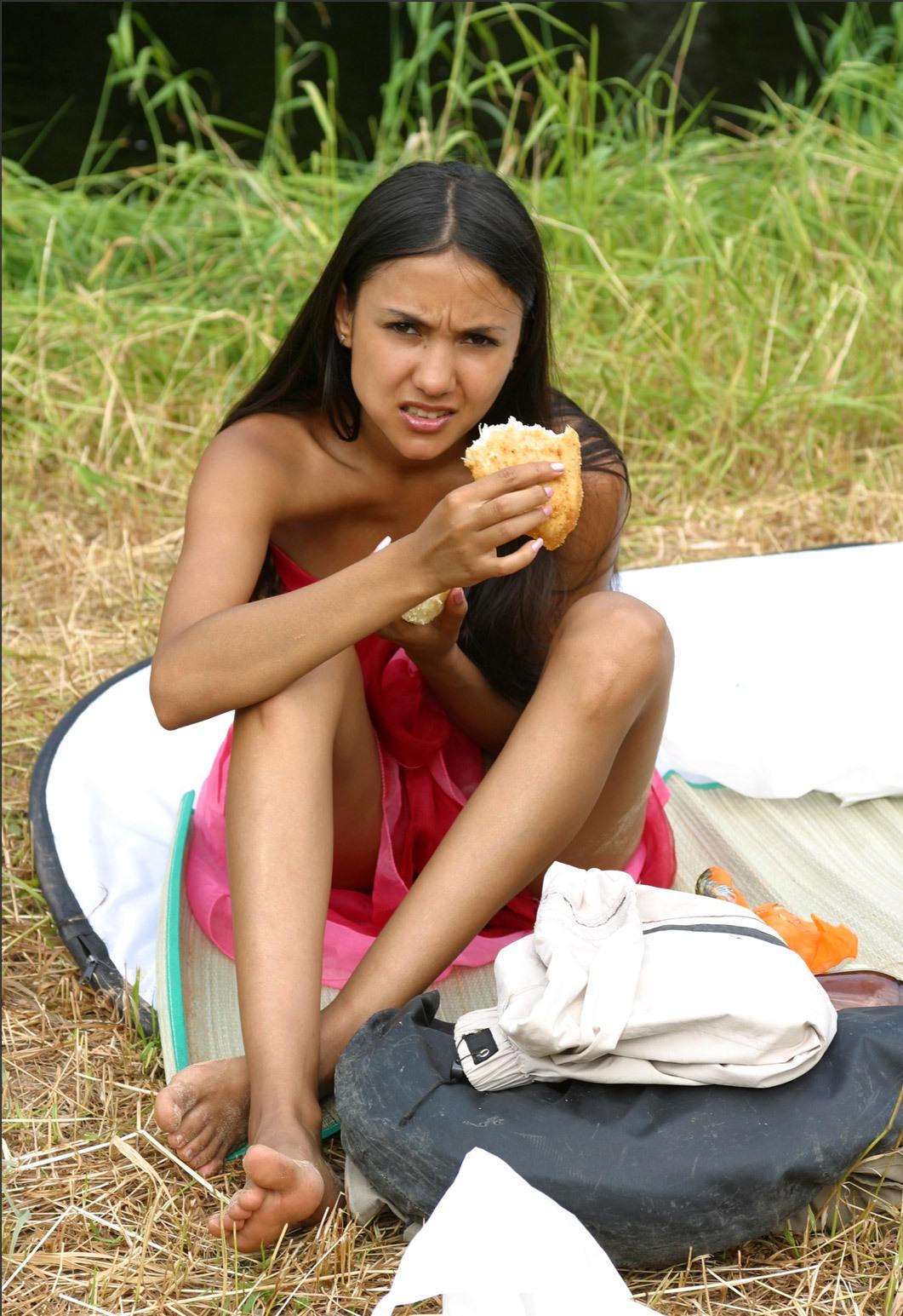 nude bathing indian ladies