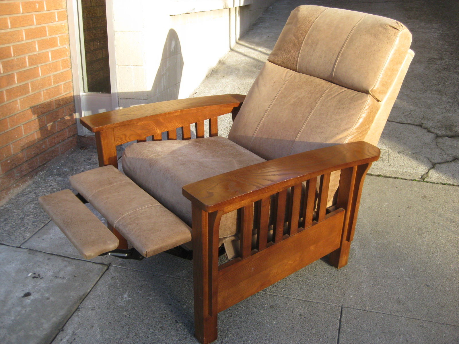 mission chairs for sale dinette tables and uhuru furniture collectibles sold recliner 170