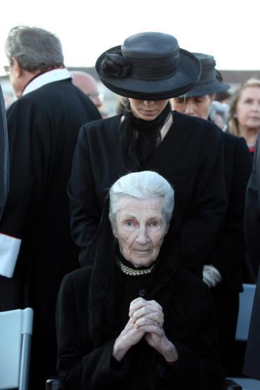 Blog Monarquia J O Papa em Portugal a Famlia Real Portuguesa celebra a visita